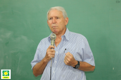 Palestra na Esamc Santos do vice-presidente da diretoria executiva da ACIESV, Alcides Antoneli